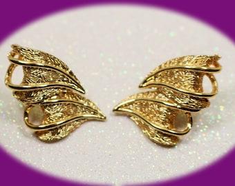 Vintage Coro Gold Clip on Earrings Vintage Gold Earrings Vintage Jewelry