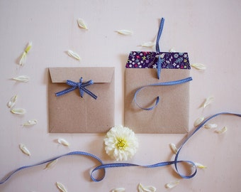 Square envelopes with blue floral liner and blue ribbon - set of 5