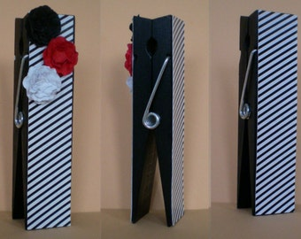 Photo holder, right helper for lovers of black and white