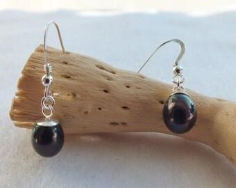 Black Freshwater Pearl Drop Earrings
