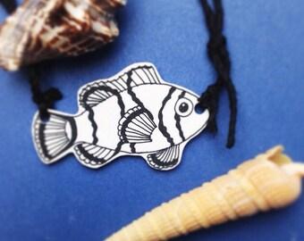 Finding Nemo clownfish necklace, shrink plastic jewelry, illustration, marine life