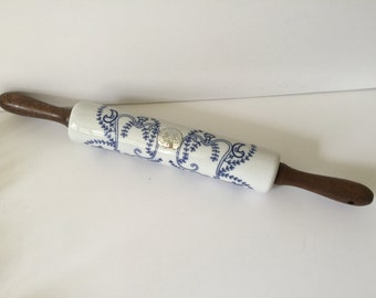 Vintage Blue / White Ceramic Rolling Pin...Pennsylvania Dutch Style Decorative Rolling Pin...Country Kitchen Decor...