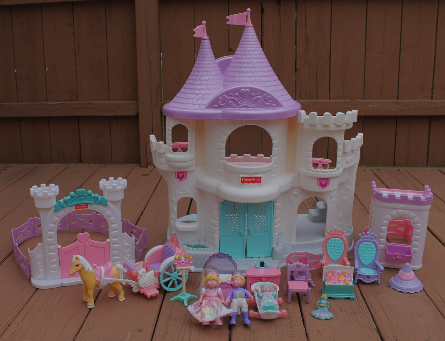 Vintage 1995 Fisher Price Once Upon A Dream Castle Dollhouse