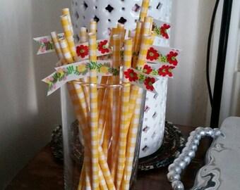 20 Spring Bloom Yellow Gingham Straws