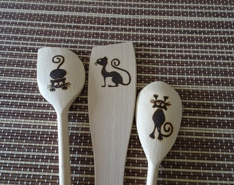 Personalized engraved wooden spoon set