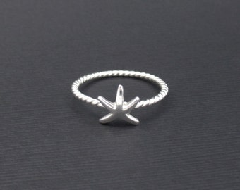 Starfish Ring Sterling Silver Size 7 Stackable Ring, Starfish Rope Ring, Wire Ring, Ocean Jewelry, Nautical Ring, Beach Jewelry
