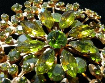 Vintage Goldtone Peridot-Color Rhinestone Starburst Brooch