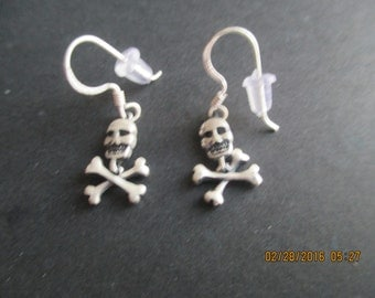 Skull Earrings with Bones...Sterling Silver..Neat Look...New..Dangle