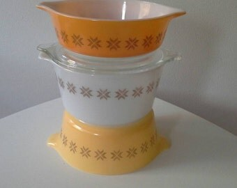 Pyrex Town and Country Trio 473, 472, 471