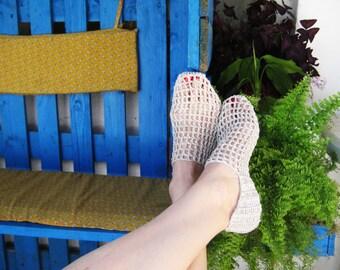 Woman Slippers, Summer Slippers, Withe Slippers, Len Slippers, Elegant Slippers, gift for her, Modern Slippers, Crochet Slippers