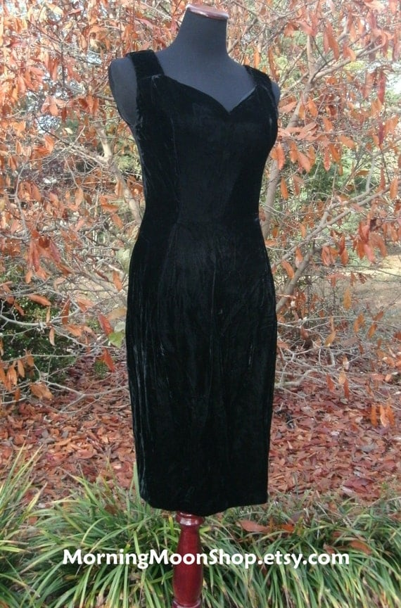 Vintage BLACK VELVET DRESS, Sleeveless Knee Length, 70s 60s Retro Cocktail Party Prom Formal, Gothic Boho Elegant sexy wiggle Mad Men, Small