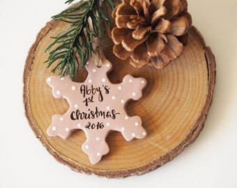 Baby's first Christmas ornament - Personalized Christmas decoration - Personalized baby's 1st Christmas snowflake - Newborn Christmas decor