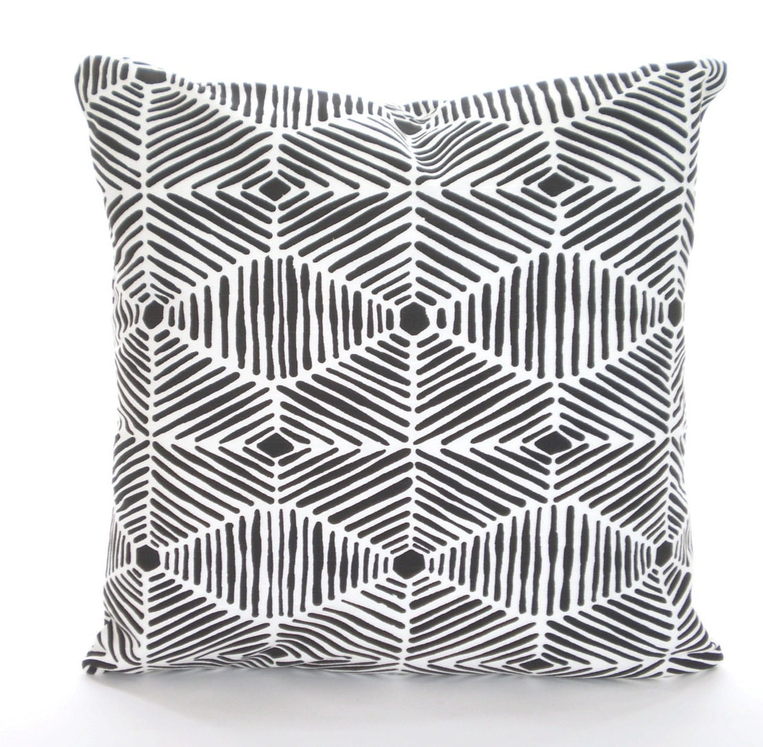 White Throw Pillows Covers : Black White Throw Pillow Covers Cushions Couch Pillows