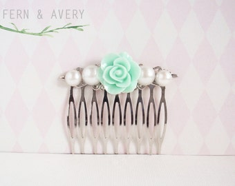 Mint green and pearl silver hair comb. Pale green flower hair clip