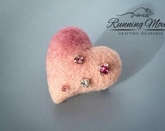 Heart brooch. Needle felted brooch. OOAK brooch. Felt brooch. Pink heart brooch. Valentines brooch. Sweater pin. Valentines gift .