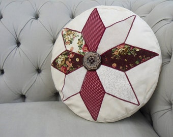 Star Applique Patchwork Round Cushion. Throw Pillow. Round Cushion. Floral Throw Pillow. Star Pattern. Winter Red, Cream and Green.