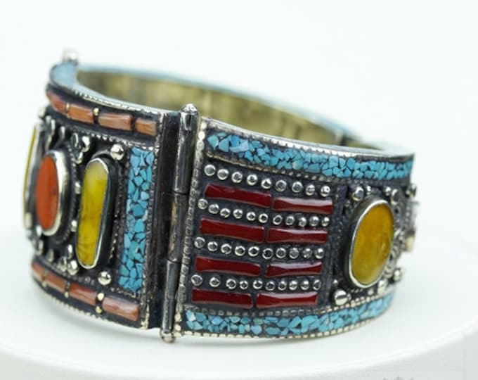 Can't let this Go! Baltic AMBER Tibet TURQUOISE Coral Native Tribal Ethnic Jewellery Tibet Tibetan Nepal OXIDIZED Silver Bangle B2272