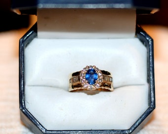 Engagement Ring, Vintage, Unique Design, Beautiful 14 kt Gold Sapphire and Diamond Ring