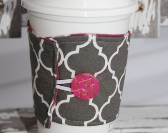 Reusable Coffee Sleeve, Coffee Cup Sleeve, Coffee Cozy, Charcoal Gray Quatrefoil and Plum, Ready to Ship