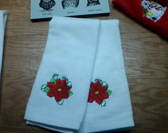 Poinsetta Hand Towels