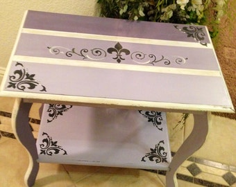 Vintage Shabby Lavender Ombre Table