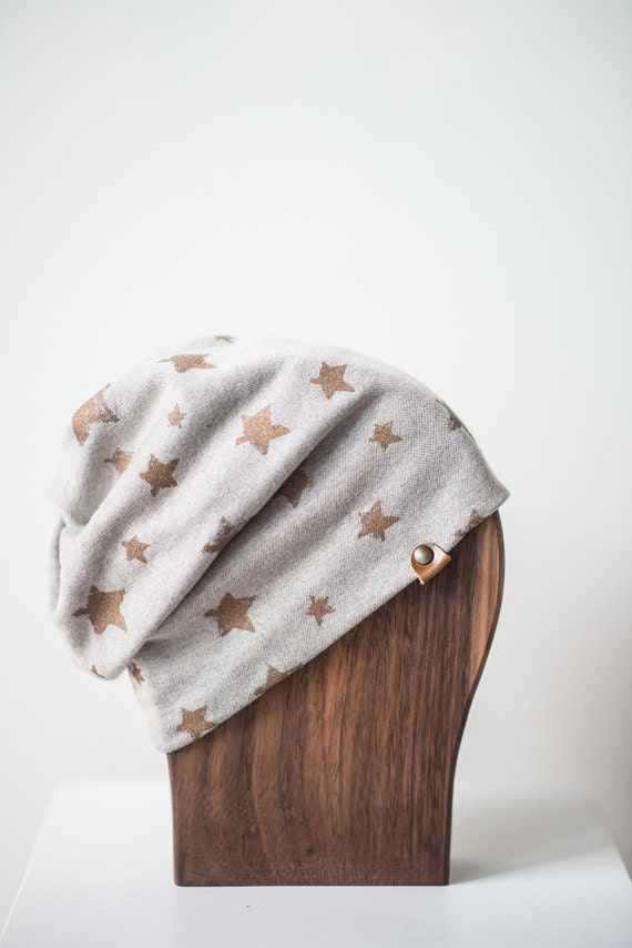 ALOUETTE - autumn hat with prints for baby and kids: boys and girls - Vanilla grey with stars print