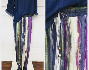 Brush strokes linen harem pants.