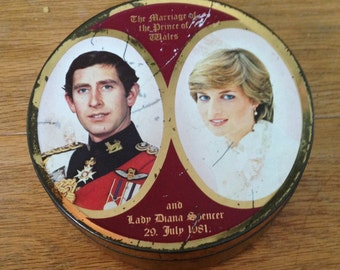 Vintage Charles & Diana Royal Wedding Commemorative Sweet Tin.