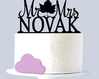 Maple Leaf Cake Topper, Wedding Cake Topper, Custom Last Name A2053
