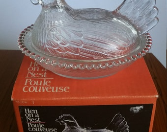 Vintage Crystal Glass Hen on a Nest - Indiana Glass Hen on a Nest 4423 with Box! Poule couveuse