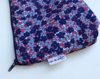 FLOWER LIBERTY TOILETRY BAG