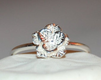 Silver Stacking Ring, Silver Flower Ring, Silver Cluster Ring, Stackable Ring, Flower Stacking Ring, Silver Flower Ring, Thumb Ring, Flower
