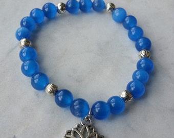Blue Cats eye bracelet
