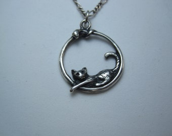 """Vintage Sterling Silver Cat Sleeping Pendant and Chain 18"""""""
