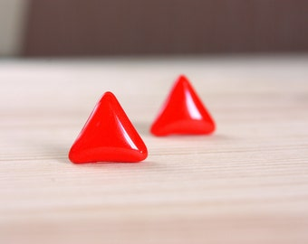 Red stud earrings Red triangle studs Triangle stud earrings Red triangle earrings Red post earrings Resin stud earrings Small studs