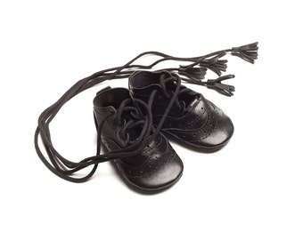 Ghillie brogues - baby shoes - handmade - kilt shoes of scotland - black shoe - traditional-newborn shoes