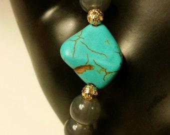 Turquoise Stone Gray beaded bracelet