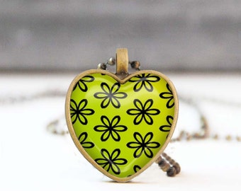 Lime green heart necklace, Floral heart shaped pendant, Summer spring necklace, Bridesmaid gift, Love gift for her, 5011-5