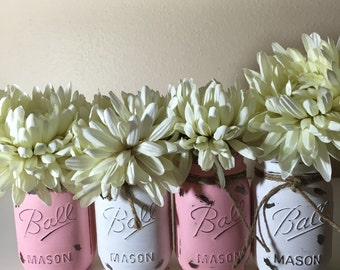Pink and White Distressed Mason Jars, Baby Shower Mason Jars. Shabby and Chic. Distressed Mason Jars. Pink and White Pained Mason Jars