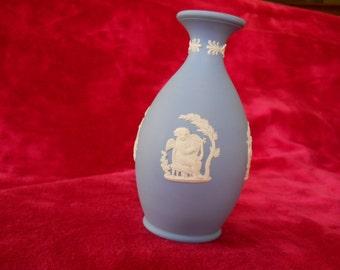 1960s vintage Wedgewood blue jasperware bud vase