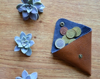 Brown coin purse / Coin wallet / Coin pouch / Change wallet / Genuine leather