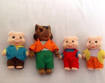 Three little pigs and Wolf. Sylvanian Families. 80