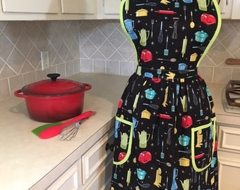 Homemade Vintage-inspired Retro Apron, Throwback to the Fifties