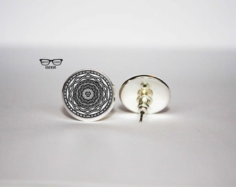 Mirror of Twilight earrings, The Legend of Zelda stud earrings, Twilight Princess earrings, Art Gifts, fan gift