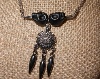 Black skulls and spikes 20 inch silver tone chain necklace