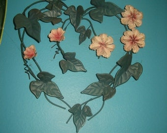 Verdi Green Ivy and Pink Flowers Wrought Iron Heart Shape Wall Hanging