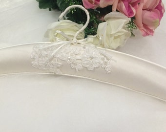Bridal Gown Hanger, Wedding Dress Hanger, Silk Dress Hanger, Elegant Dress Hanger, Lace Dress Hanger, Bridal Gown Hanger, Bridal Gift