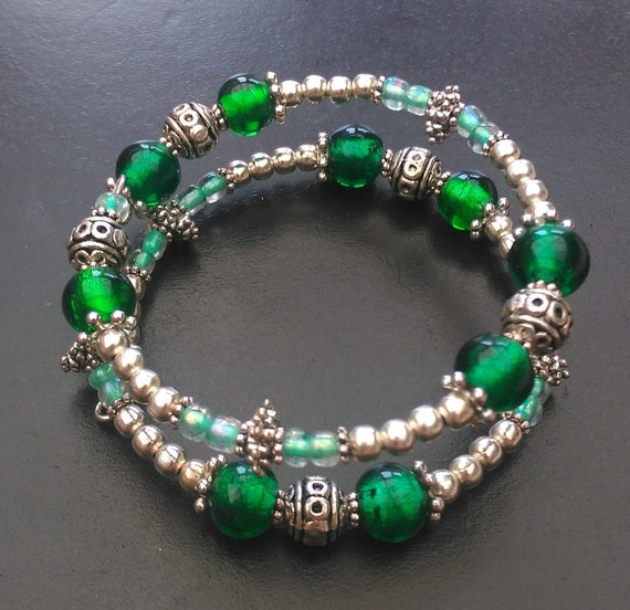 Emerald Bead Beads: Emerald Green Memory Wire Bracelet Beaded Memory Wire