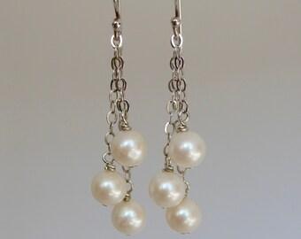 Pearl Dangle Earrings, Pearl Earrings, Three Pearl Earrings, Freshwater Pearl Earrings, Chain Pearl Earrings, Dangle Earrings, Chain Earring