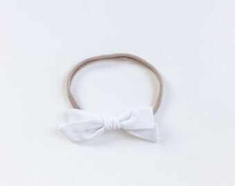 "Baby white headband with bow - hair bow ""Lia"""